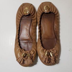 Tory burch tassel leather ballet